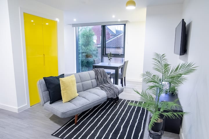 ★Modern & Spacious Studio City Centre★