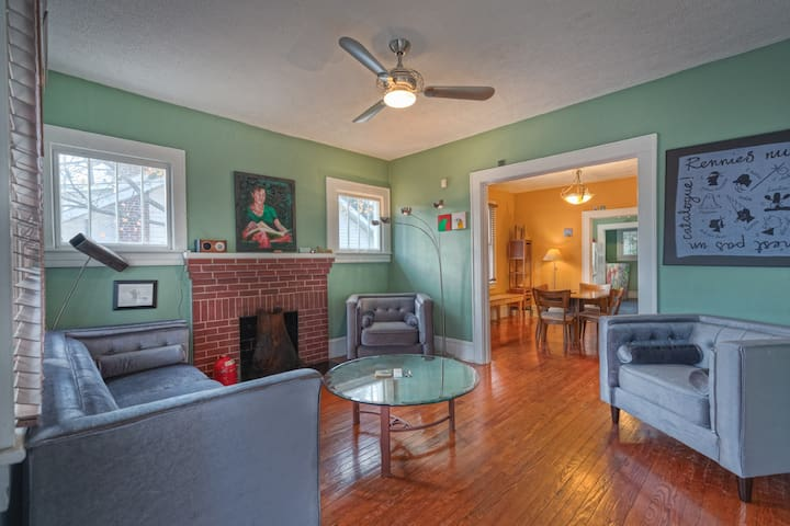 Stylish, Historic, Calming Bungalow