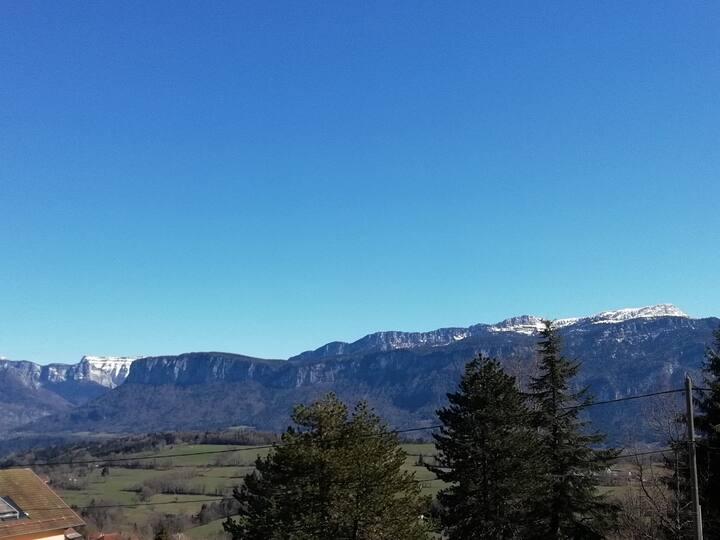 Vacances montagne,  proche  Savoie
