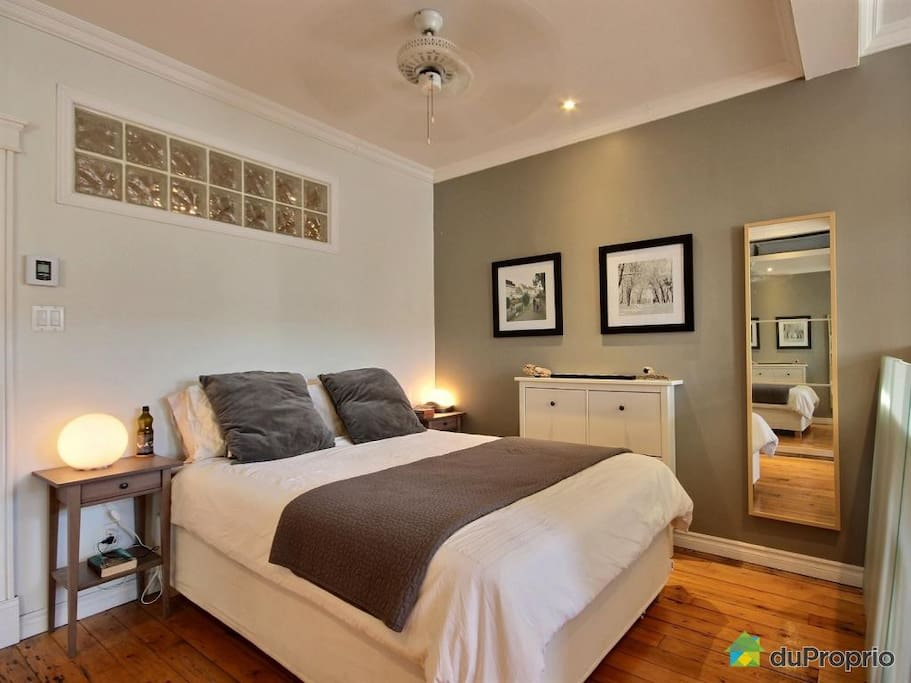 Master bedroom with AC