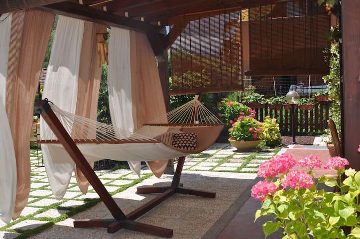 Sole e relax nel primo entroterra - Garlenda - Apartemen