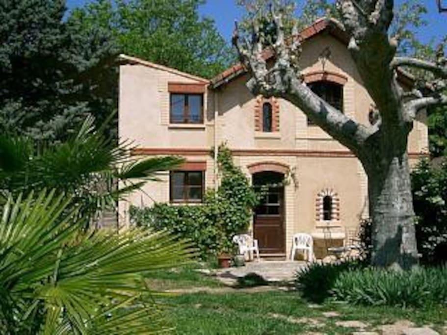 la maison du gardien maisons louer draguignan provence alpes c te d 39 azur france. Black Bedroom Furniture Sets. Home Design Ideas