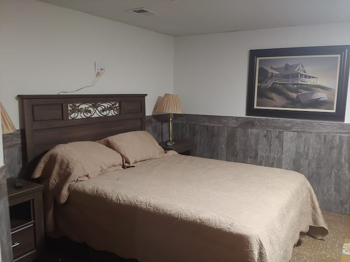DeSherlia Landing 3 Bedroom Suite (2 Night min)