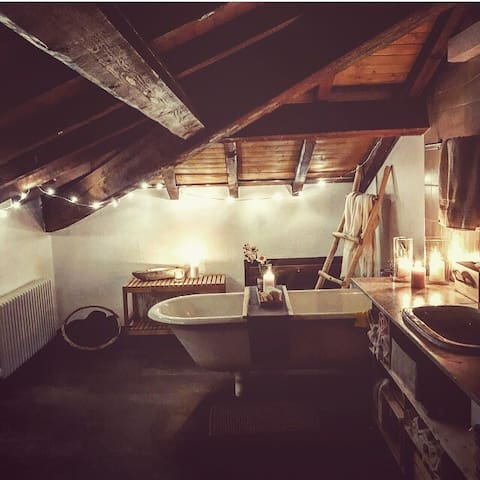 Posto letto in un bellissimo loft mansardato