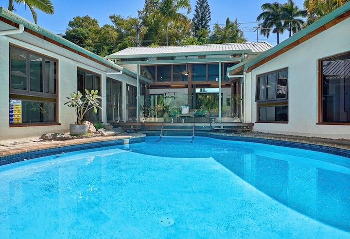 Private Palm Cove Pool Villa