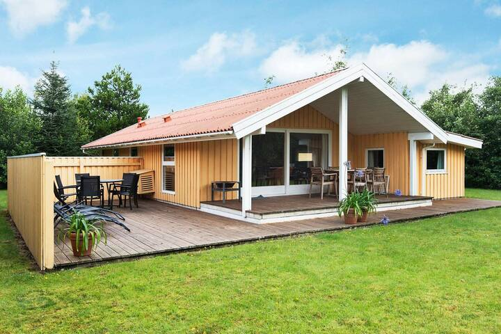 Serene Holiday Home in Ålbæk with Terrace