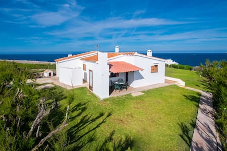 Directly by the sea with greenhouse - Villa Solivent