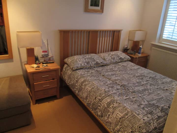 Private double room with ensuite bath/shower.