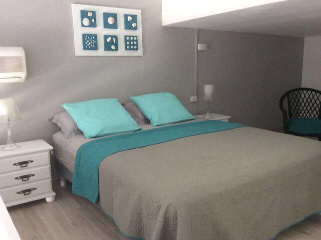Studio / duplex à Saint Gilles les Bains