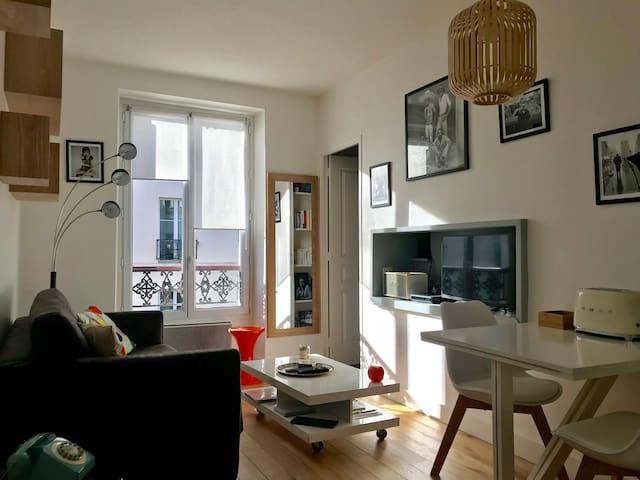 Charming apartment in Paris