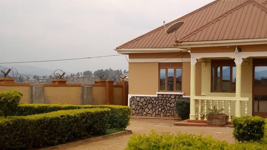 Kampus Villa - Kabale