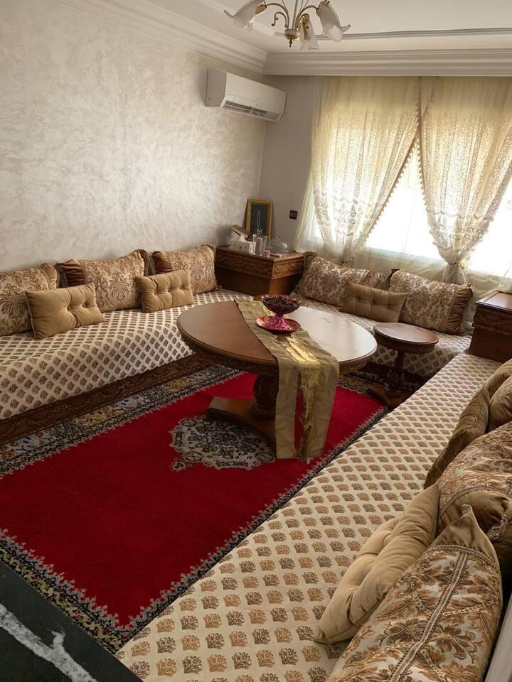 Chambre spacieuse et équipée à louer