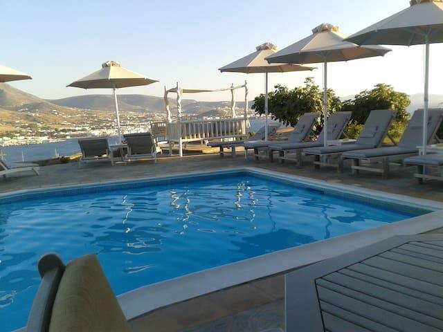 Krotiri Bay with the best sea view on Paros - Krotiri - Hotel butik