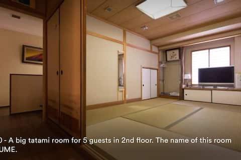 5min to JR Hyogo  15min to JR Sannomiya   10people