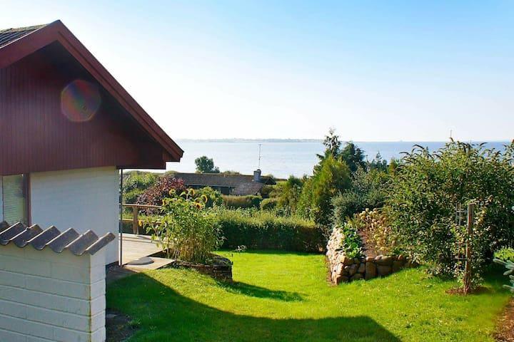 Quaint Holiday Home in Faabord near Sea