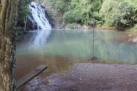 Cachoeira, local para acampar! @cachoeiradecanhada