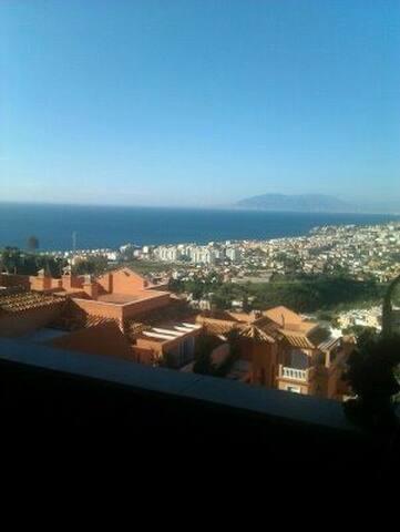 Alquiler vacaciones  Rincon de la Victoria Malaga/ - Torre de Benagalbón - Casa