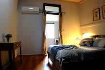 Room 2  private bathroom (not En- suite )
