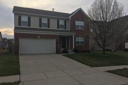 Indy 500 House - Zionsville - Ev
