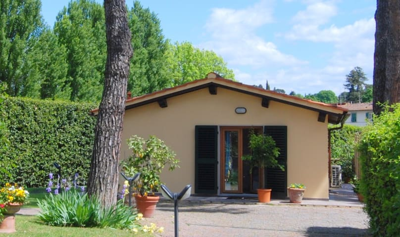 Cottage Michelangelo,verde in città - Florència - Casa