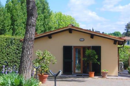 Cottage Michelangelo,verde in città - Florence
