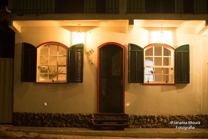 The house Lavras Novas-Mg excelente  casa toda