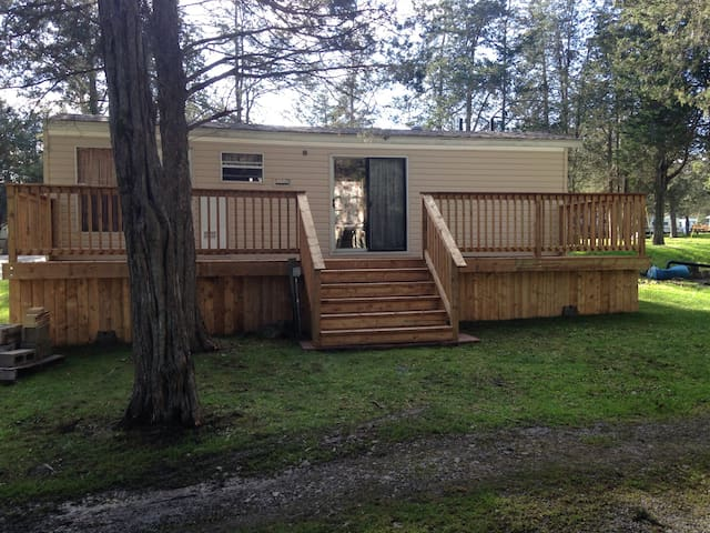 Park Model Trailer For Rent - Napanee