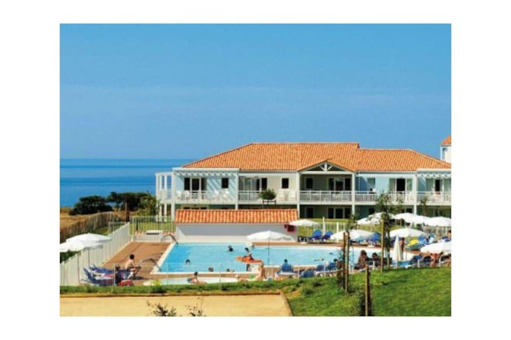 Appartement t2 avec piscine proche sables d 39 olonne for Piscine les sables d olonne