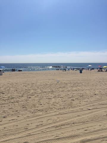 Asbury Park Condo Rental near Beach/Convention Ctr
