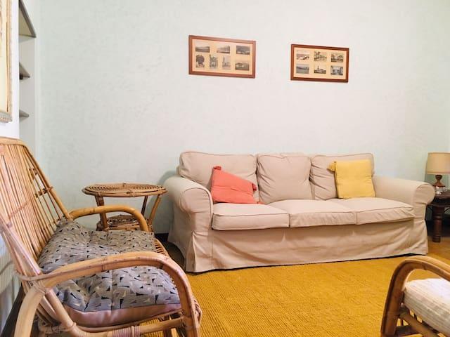 Ampio e comodo, in pieno centro storico a Camaiore