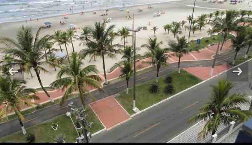 Apartamento local tranquilo da Praia Grande