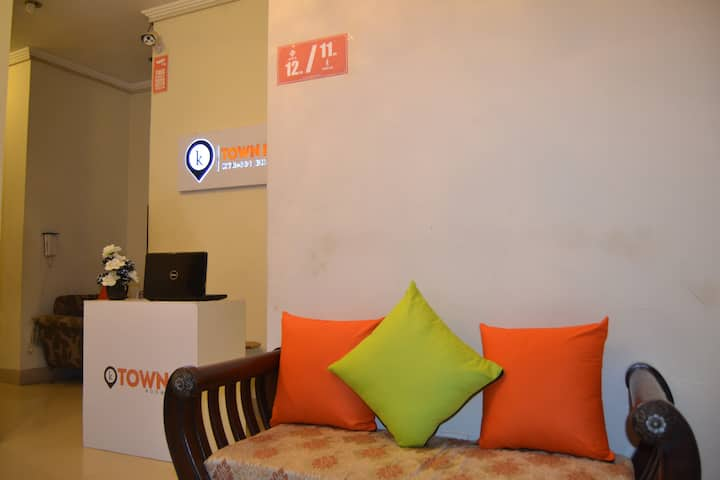Ktownrooms Bahria Town Karachi, Near SuperHighway