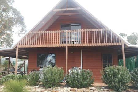 Carnaby Lodge - Toodyay