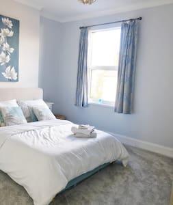 Best modern room in Harborne! - 伯明翰