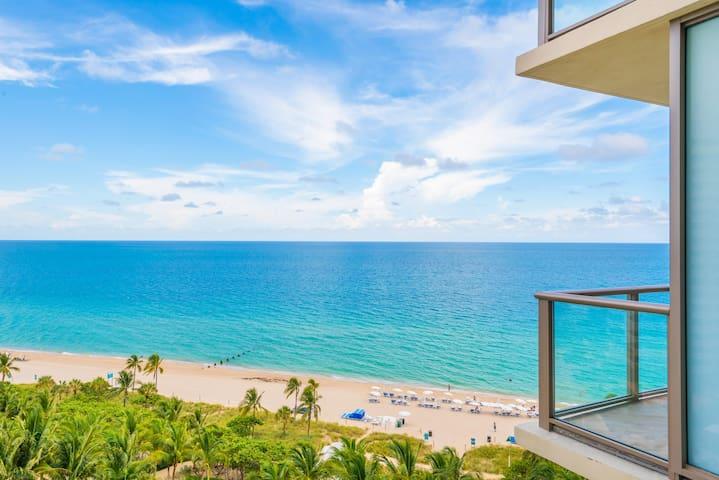 $4 Million 2BR St Regis Oceanfront Hotel Amenities