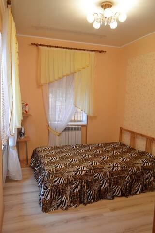 2комнатный дом по ул. Морская,до моря 100метров