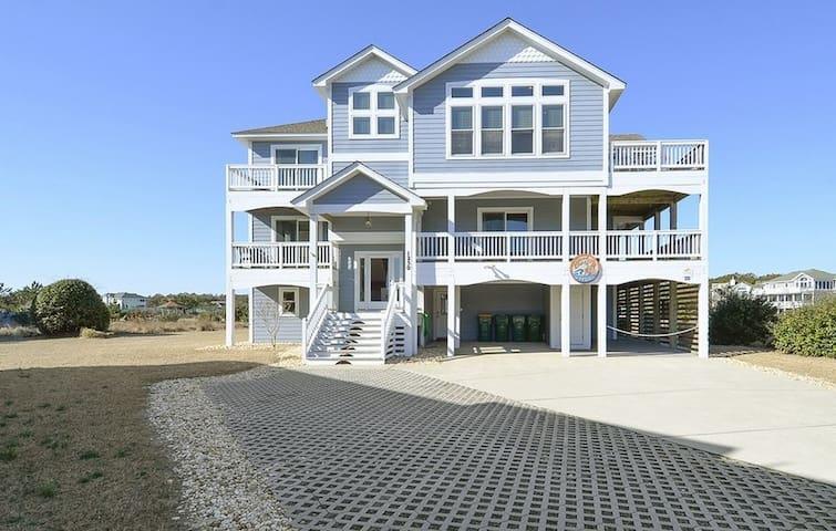 1015 - Sandcastle Dreams - Oceanside / 2 minute walk to the beach
