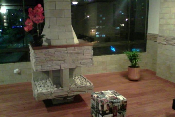 SPECTACULAR APTO EN  EL CABLE - Manizales - Lägenhet