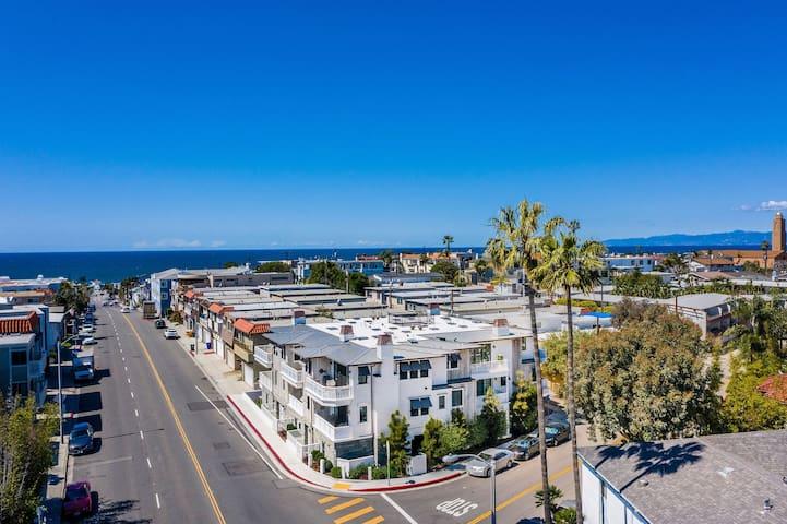 Luxury New Home steps to Downtown Manhattan Beach