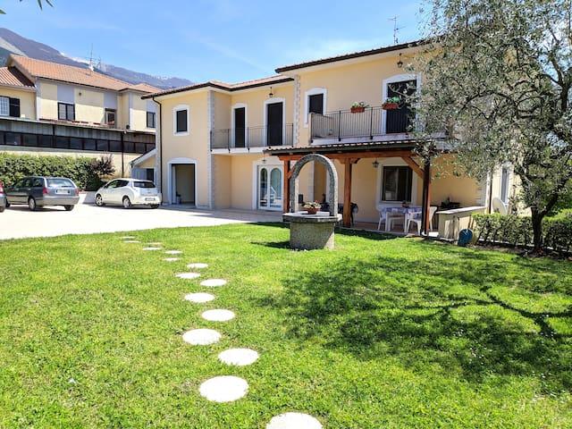Casa Vacanze Valcomino appartamento con giardino 3