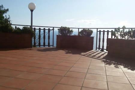 Meer & Berge in Kalabrien - longobardi  - Appartement