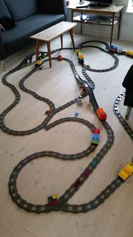 Kæmpe Lego togbane