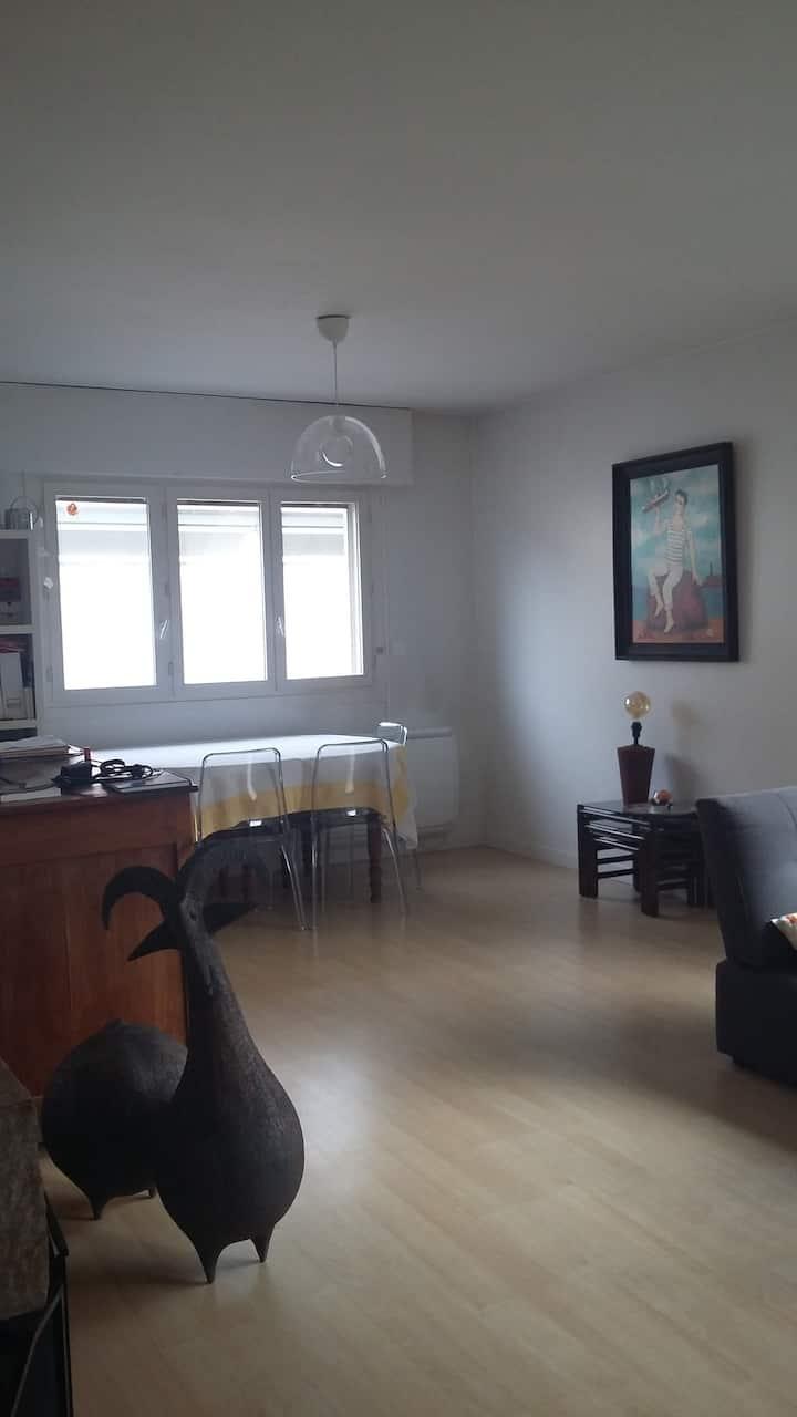 Maison près de Grenoble, lumineuse et spacieuse.