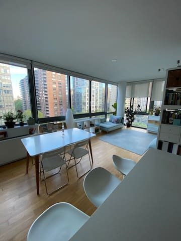 Beautiful, natural light, modern apartment on UWS