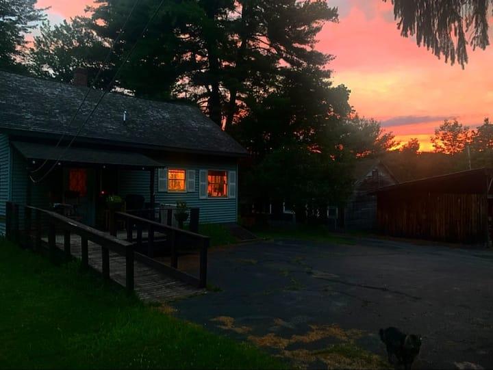 Lake Town Cottage