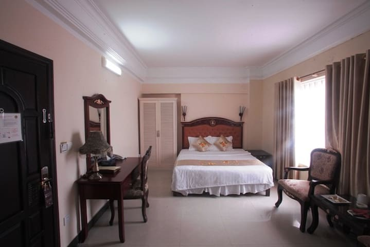 Hoang Long Classic Hotel 3 star in city center - Hai Phong - Albergue