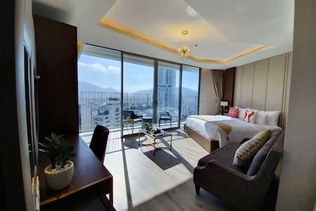Panorama Apartment Nha Trang City View Bathtub