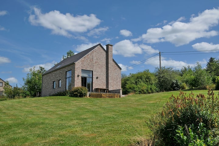 Charmante maison de vacances avec jardin à Somme-Leuze