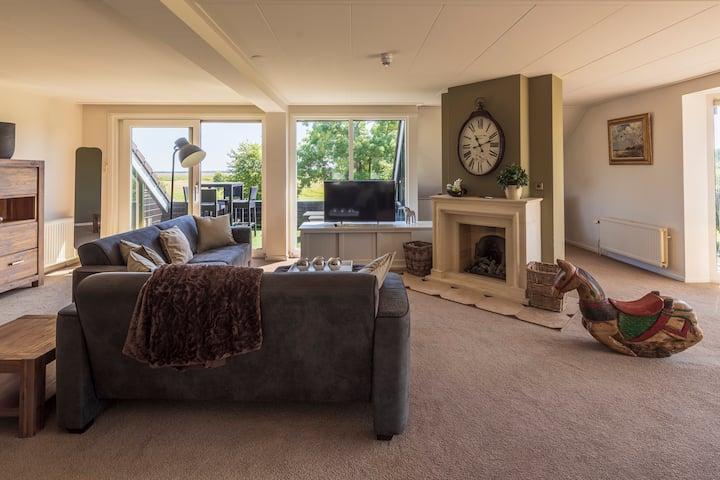 Luxe 6 persoons appartement aan de Golfbaan