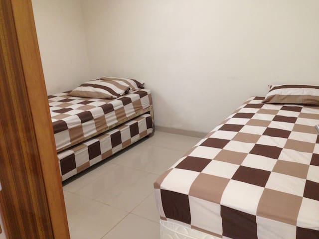 Cozy home for 5 in West Bdg - Bandung - House